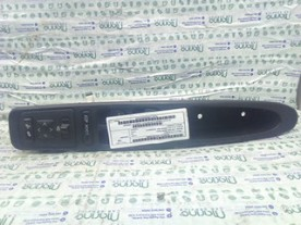 BLOCCO COMANDI ALZACRISTALLI L.GUIDA SX. ALFA ROMEO 166 (W9) (06/98-05/04) AR34202 156042280