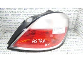 FANALE POST. HELLA DX. OPEL ASTRA (A04) (01/04-03/11) Z17DTH 93190305