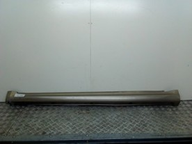 MINIGONNA RIVESTIMENTO SOTTOPORTA SX MERCEDES-BENZ CLASSE A (W/C169) (07/04-04/13 266920 NBA046013036002