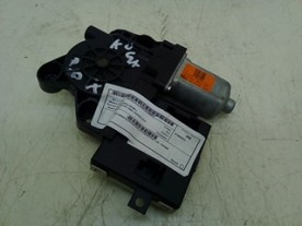 MOTORINO ALZACRISTALLO PORTA POST. DX. FORD KUGA (CBV) (04/08-) UFDA 1767048