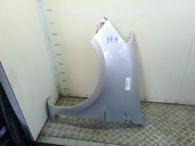 PARAFANGO ANT. P/CERCHI 15 SX. RENAULT CLIO 3A SERIE (07/05-05/09) D4FD7 7701476102