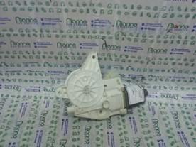 MOTORINO ALZACRISTALLO PORTA ANT. DX. MERCEDES-BENZ CLASSE A (W176) (07/12-11/15) K9K A2469065200