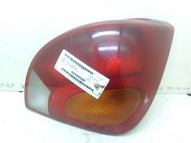 FANALE POST. DX. FORD FIESTA (DX) (09/95-08/99) DHA 5028374