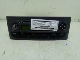 AUTORADIO CD FIAT GRANDE PUNTO (2Y) (06/05-12/08 199A3000 735481293